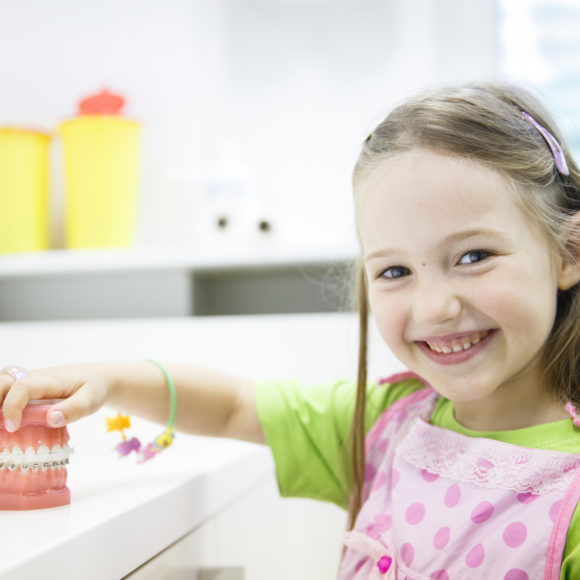 What's the Best Way to Ease Dental Anxiety in Children?